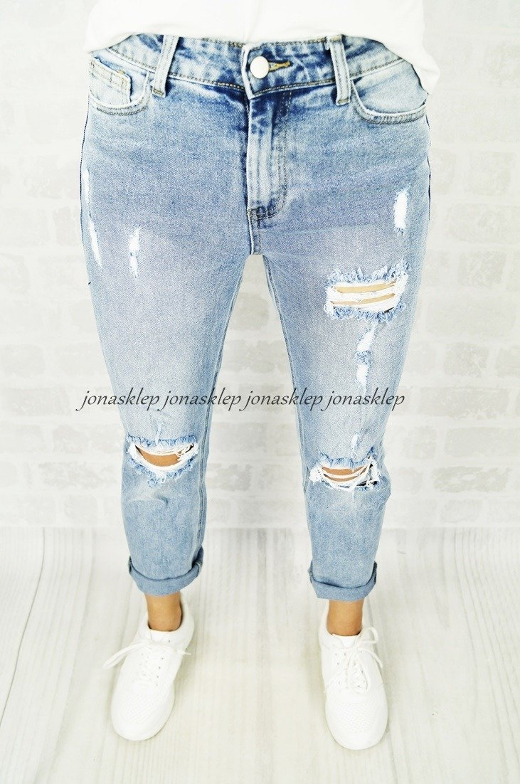 RELAXED MOM FIT JEANS dziury HOLES